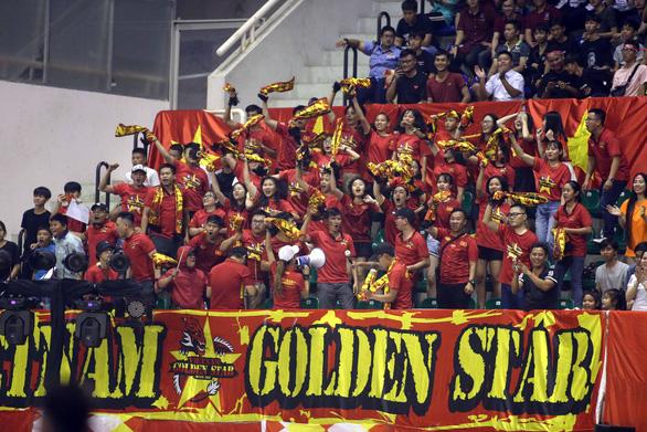 Futsal Việt Nam lần đầu tiên đánh bại Úc - Ảnh 7.