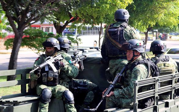 Thương cho Mexico của tôi sau cuộc đọ súng dài 6 giờ - Ảnh 1.