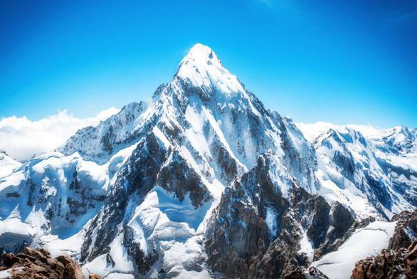 Vì sao các ngọn núi không thể cao thêm nữa? - Ảnh 1.