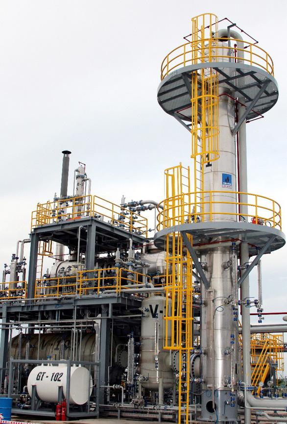 Lãnh đạo UBND tỉnh Thái Bình làm việc với Tổng giám đốc  PV GAS - Ảnh 2.
