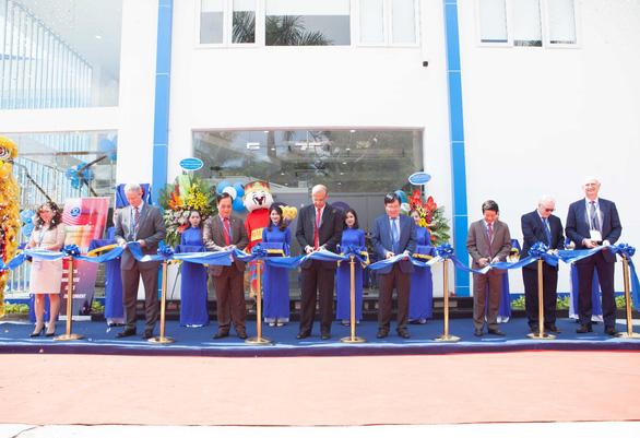 Coats kỷ niệm 30 năm Thành lập tại Việt Nam - Ảnh 1.