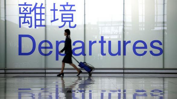 Quan chức ở truồng của Trung Quốc cao chạy xa bay ra nước ngoài - Ảnh 1.