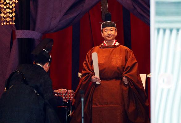 Nhật hoàng Naruhito: Tôi nguyện luôn nghĩ tới người dân - Ảnh 6.