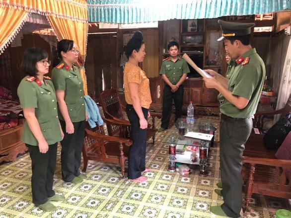 Khởi tố tội đưa nhận hối lộ gian lận thi cử, bắt tạm giam ông Trần Xuân Yến - Ảnh 2.