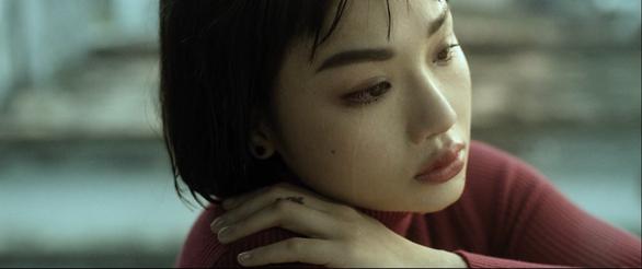 Miu Lê tung MV Giá như cô ấy chưa xuất hiện sau thời gian dài nghỉ xả hơi - Ảnh 3.