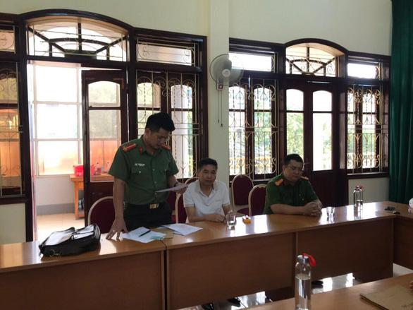 Khởi tố tội đưa nhận hối lộ gian lận thi cử, bắt tạm giam ông Trần Xuân Yến - Ảnh 1.