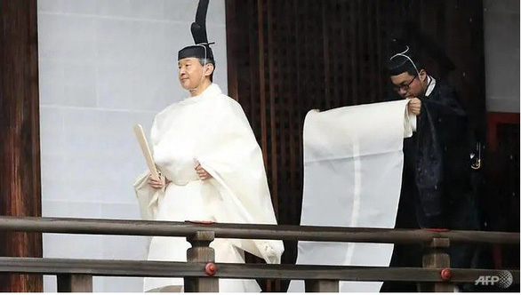 Nhật hoàng Naruhito: Tôi nguyện luôn nghĩ tới người dân - Ảnh 2.