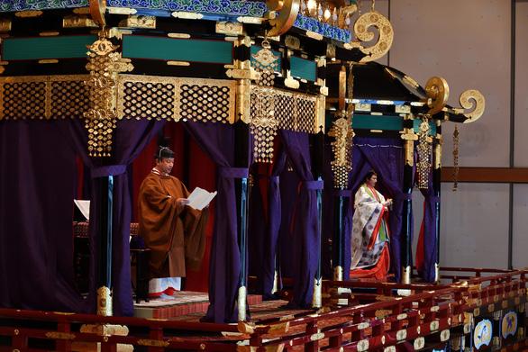 Nhật hoàng Naruhito đăng quang: Triều đại mới, kỳ vọng mới - Ảnh 1.