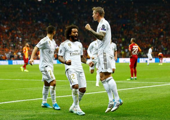 Phung phí cơ hội, Real Madrid chỉ thắng sát nút Galatasaray - Ảnh 1.