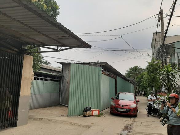 Phó chủ tịch HĐND quận Thủ Đức xin tự tháo dỡ nhà xưởng không phép - Ảnh 2.