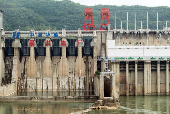 Trung Quốc đang kiểm soát gần 1/5 lưu lượng sông Mekong - Ảnh 1.
