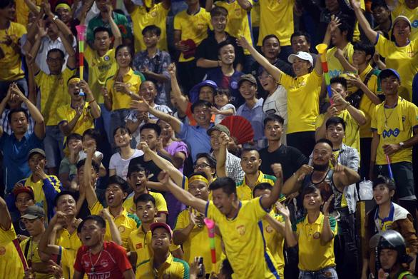 Hòa B.Bình Dương, Thanh Hóa giành quyền đá play-off để trụ hạng V-League 2020 - Ảnh 3.