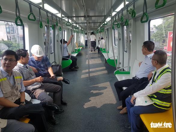 Khó hoàn thành nghiệm thu đường sắt Cát Linh - Hà Đông vào 31-12 - Ảnh 4.