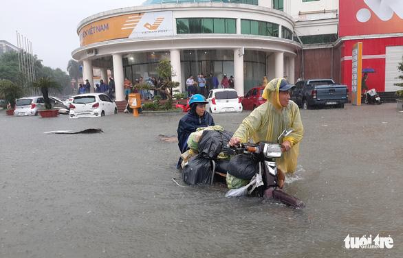 Miền Trung, miền Nam nguy cơ ngập lụt do bão đầu tháng 11 - Ảnh 2.