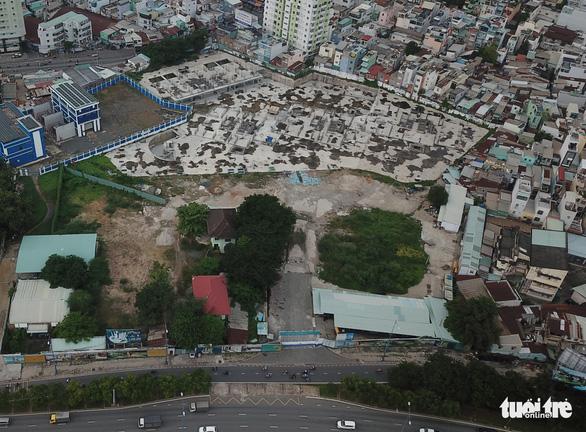 TP.HCM cưỡng chế tháo dỡ gần 35.000m2 xây không phép của Công ty CP bất động sản Sài Gòn Vina - Ảnh 1.