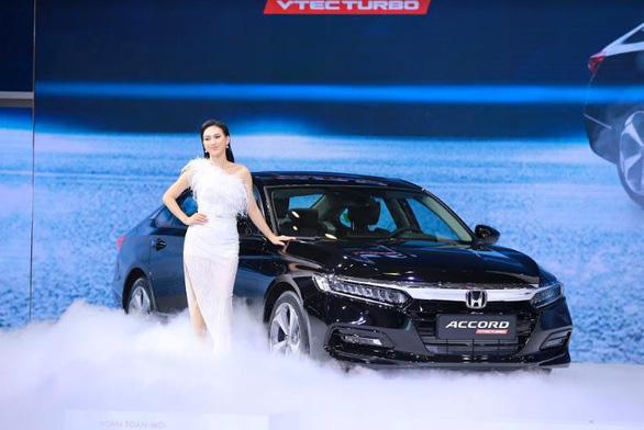 Honda Việt Nam giới thiệu mẫu xe Honda Accord hoàn toàn mới - Ảnh 1.