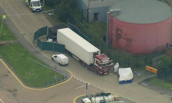 Anh: 39 thi thể trong xe container gây chấn động chính trường - Ảnh 1.