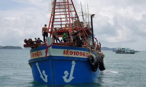 Nỗ lực gỡ thẻ vàng của EC đối với hải sản khai thác ở Việt Nam - Ảnh 2.
