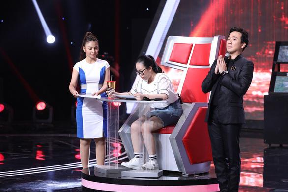 Lại Văn Sâm, Trấn Thành ngỡ ngàng trước tài năng của siêu trí tuệ Việt - Ảnh 4.
