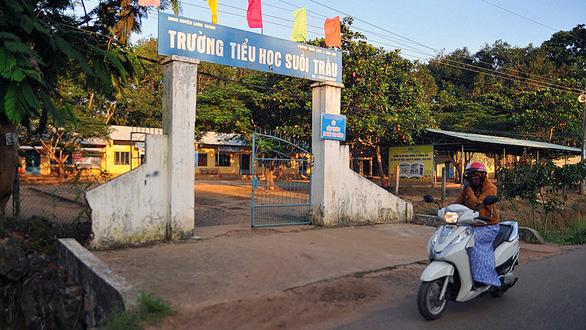 Xây sân bay Long Thành làm tăng nợ công - Ảnh 2.
