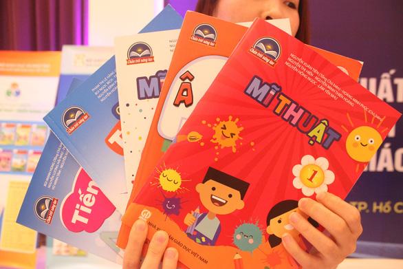 Công bố bốn bộ Sách giáo khoa lớp 1 mới