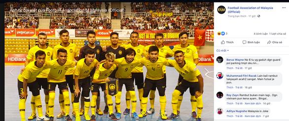 Thua futsal Việt Nam, CĐV Malaysia: Những môn thể thao dùng chân toàn thua Việt Nam - Ảnh 1.