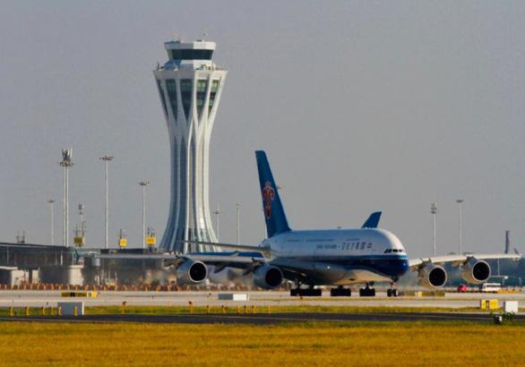 Để hút du khách, nhiều thành phố Trung Quốc miễn thị thực lưu trú 6 ngày - Ảnh 1.