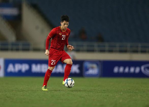 Trung vệ Đình Trọng trở lại đội tuyển U22 Việt Nam dự SEA Games 30 - Ảnh 1.