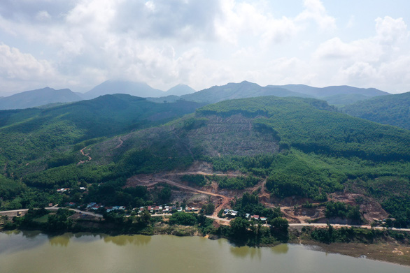 Quảng Nam: Làm nhà máy gạch trên đầu nhà dân - Ảnh 4.