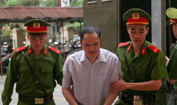 Vụ án gian lận thi ở Hà Giang: 8 năm tù cho người chủ mưu - Ảnh 4.