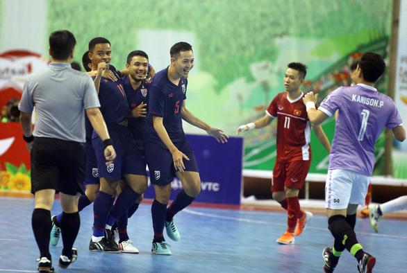 Futsal Việt Nam lại tiếp tục thua người Thái - Ảnh 2.