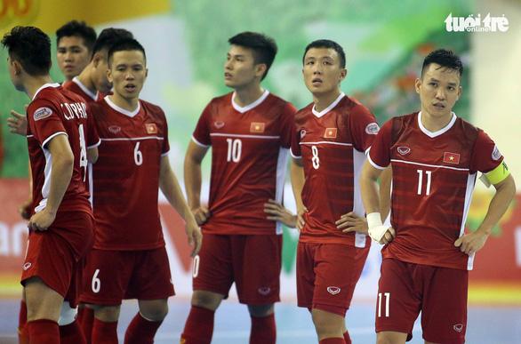 Futsal Việt Nam lại tiếp tục thua người Thái - Ảnh 4.