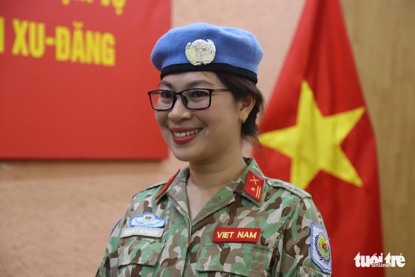 Nữ sĩ quan xinh đẹp của Việt Nam đi gìn giữ hòa bình tại Nam Sudan - Ảnh 3.