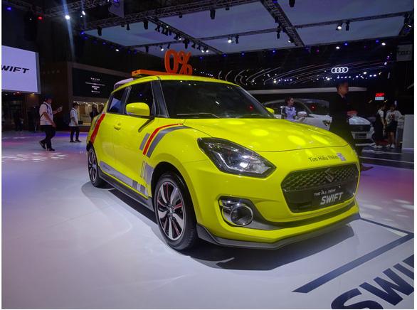 Chiêm ngưỡng vẻ thể thao của Suzuki Swift tại Triển lãm ô tô Việt Nam 2019 - Ảnh 1.