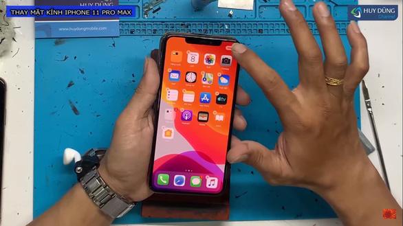 Có nên thay mặt kính IPhone 11? - Ảnh 8.