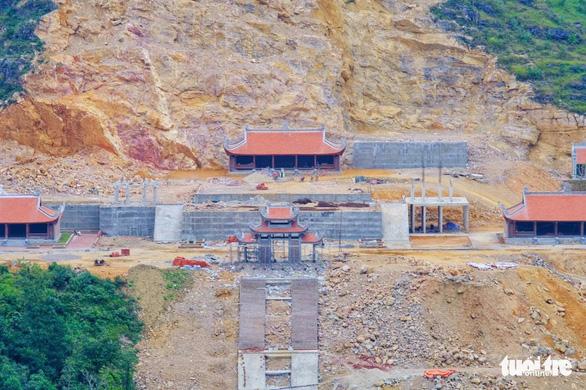 Dự án khu du lịch tâm linh Lũng Cú chưa tuân thủ quy hoạch của Thủ tướng, phải xử nghiêm - Ảnh 1.