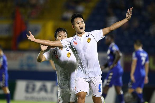 Hà Minh Tuấn ghi bàn trước khi lên tập trung đội tuyển Việt Nam - Ảnh 1.