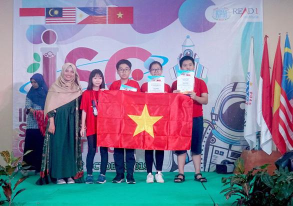 Học sinh Việt Nam giành 4 Huy chương Vàng tại kỳ thi Khoa học Quốc tế ISC năm 2019 - Ảnh 1.