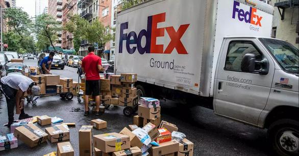 Giao thông New York điêu đứng vì 1,5 triệu kiện hàng mua online mỗi ngày - Ảnh 1.
