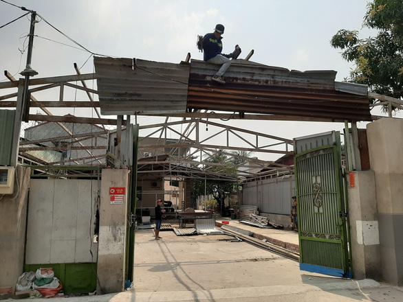 Phó chủ tịch HĐND quận Thủ Đức đã tháo dỡ nhà xây sai phép - Ảnh 1.
