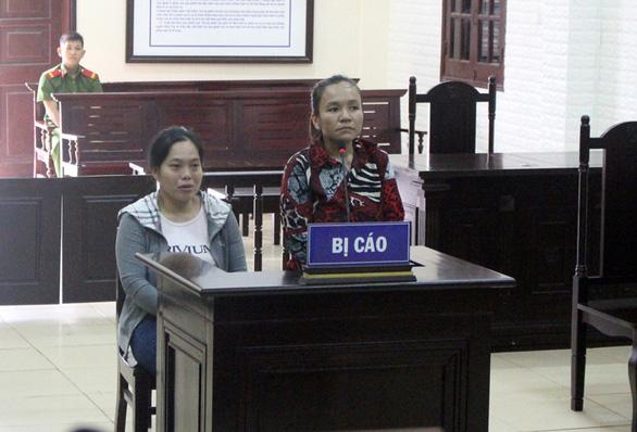 Phạt tù 2 phụ nữ cấu kết với người nước ngoài lừa đảo - Ảnh 1.