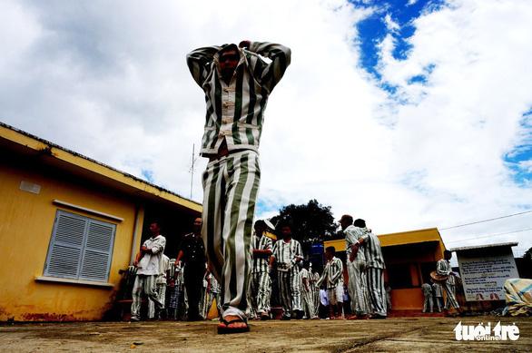 Phạm nhân phạm tội giết người trốn khỏi trại giam Đại Bình - Ảnh 1.