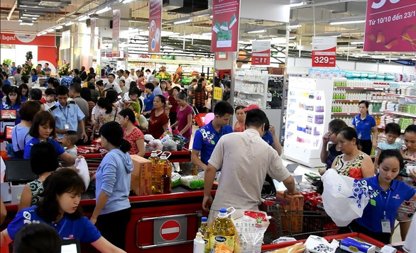 Mua hàng nhận xe hơi Vios tại siêu thị Co.op Mart - Ảnh 1.