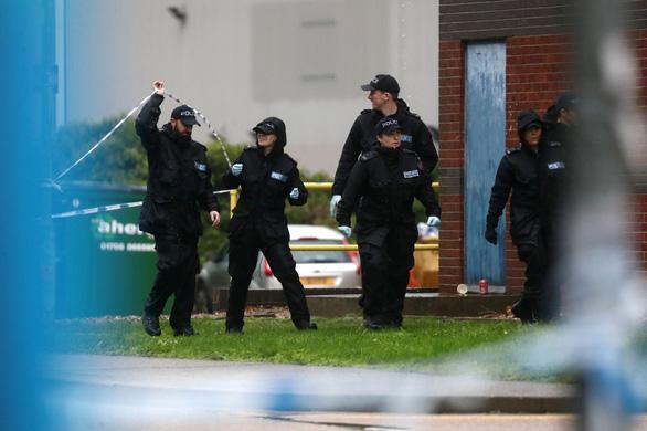 Vụ 39 người Việt chết trong container: Cảnh sát Anh bắt thêm 1 nghi phạm - Ảnh 1.