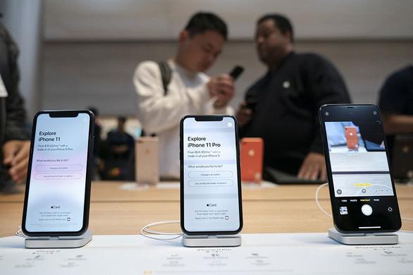 Chuyện hi hữu: Apple bị kiện vì biến trai thẳng' thành đồng tính - Ảnh 1.
