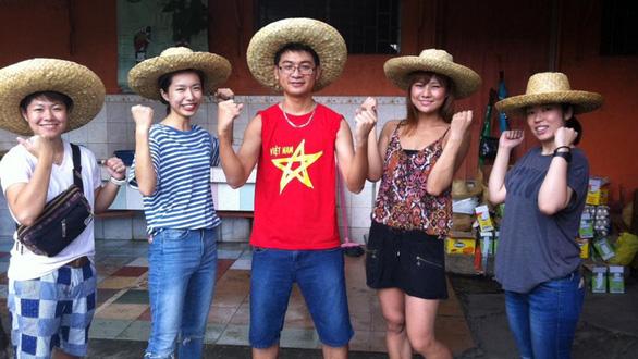 Đi học tiếng Anh ở Philippines.