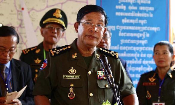 Ông Hun Sen cảnh báo nguy cơ đảo chính trong lễ Bon Om Touk - Ảnh 1.