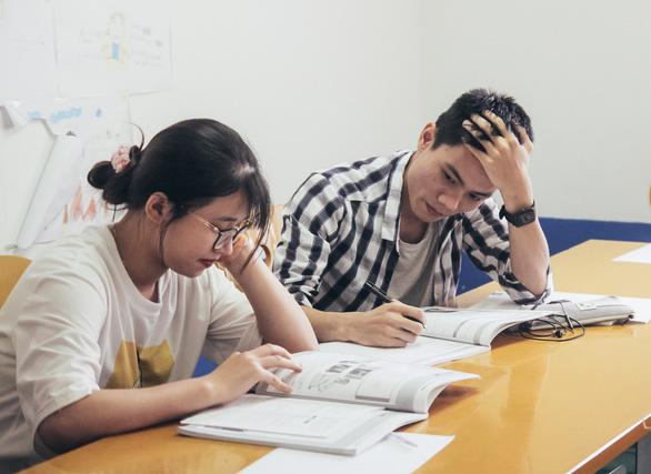 Nhiều trường đại học thông báo lịch nghỉ Tết nguyên đán 2 - 3 tuần - Ảnh 1.