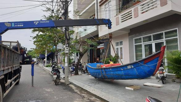 Phú Yên: Trời lặng trước khi bão số 5 vào - Ảnh 3.
