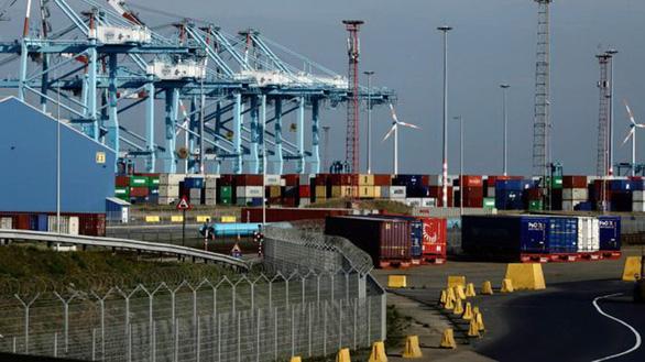 Nghi vấn mới nhất: 39 người chết trong container vì ngạt hay chết cóng? - Ảnh 1.